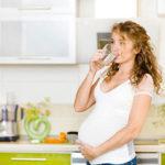 Как избавиться от отеков во время беременности?