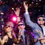 Где встретить Новый год: дома или в ресторане?