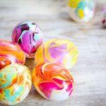 Мраморная окраска для пасхальных яиц