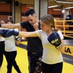 Зачем девушкам тайский бокс?